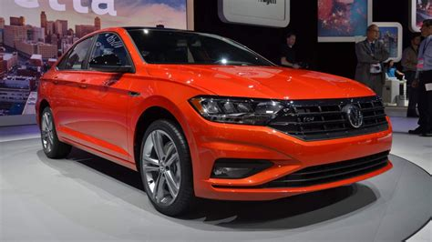 vw jetta returns  epa estimated combined mileage