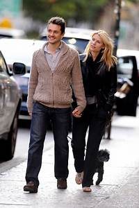 Claire Danes and Hugh Dancy Walk Their Dogs in NYC - Zimbio