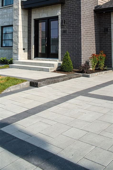 pave pour cour exterieure 25 best ideas about pav 233 granit sur bordure