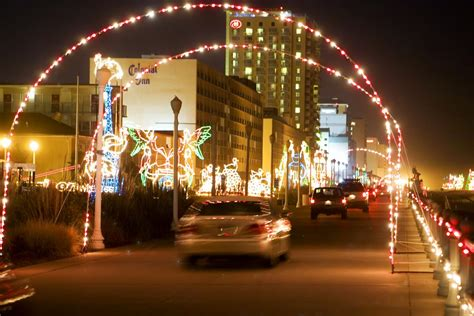 holiday lights at the beach virginia beach nightlife