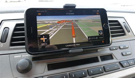 navi mit blitzerwarner so einfach klappt die auto navigation mit dem smartphone
