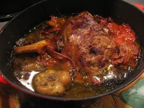 cuisiner un gigot d agneau au four gigot d 39 agneau à la cuillère dans la cuisine de valérie
