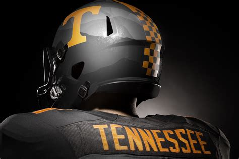 tennessee volunteers unveil  nike alternate