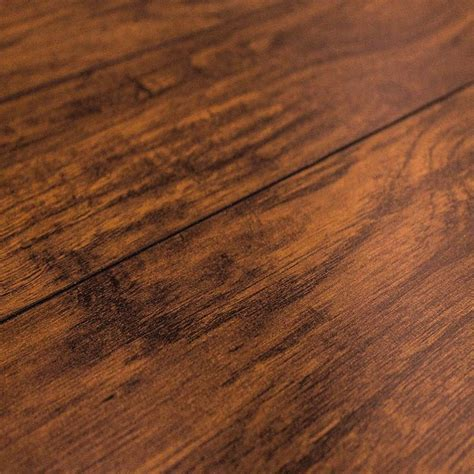 Inhaus Precious Highlands Kilmer Hickory 35840 Laminate