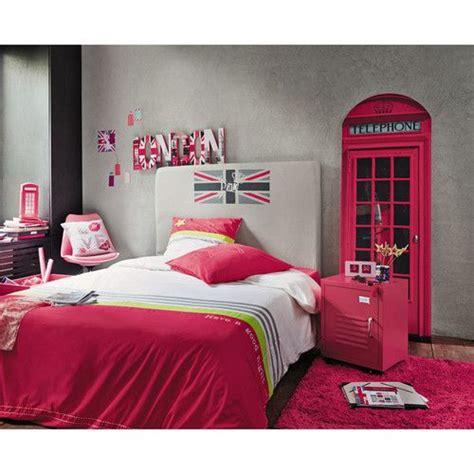 decoration anglaise pour chambre déco murale pink uk linge de lit tonic tête de lit