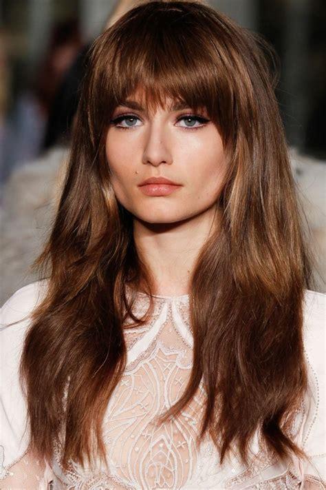 braune augen schminken natürlich blaue str 228 hnen braune haare 1001 ideen f r coole frisuren zum thema blaue haare braune haare