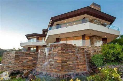 henry cavills million home la henry cavill house exterior house styles