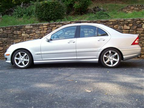 I hope you guys enjoy my review of this 2010 mercedes c300. moonrkr23 2007 Mercedes-Benz C-Class Specs, Photos, Modification Info at CarDomain