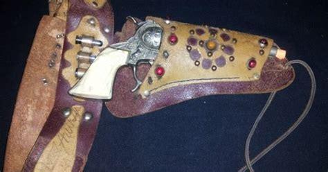 Rare Vintage 1950s Gene Autry Toy Cap Gun Fancy Flying A