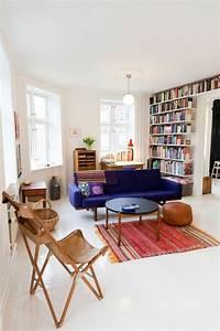 beaucoup didees pour comment decorer son salon With tapis rouge avec trouver un canapé
