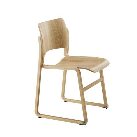 chaises confortables chaise empilable en bois confortables woh