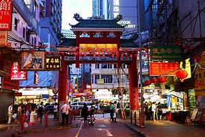 6 Tourist Attractions in Hong Kong