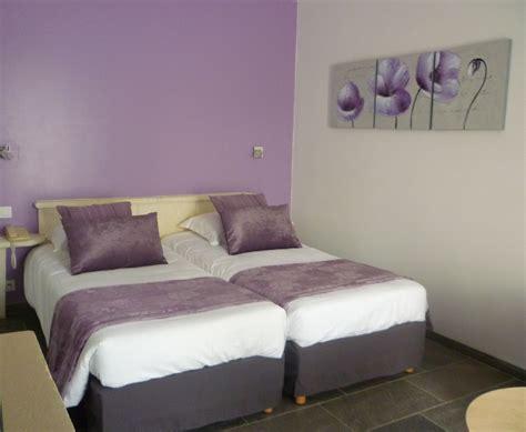 ladaire chambre chambres trois étoiles confortables et climatisées en