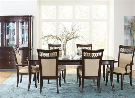 Havertys Furniture Dining Room Table by Dining Rooms Astor Park China Cabinet Dining Rooms