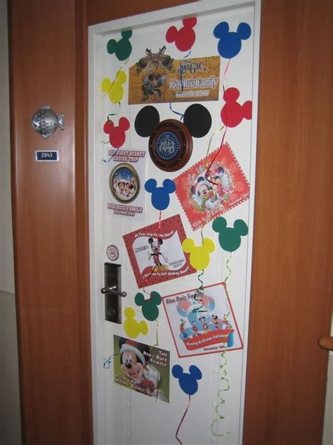 stateroom door decorations i like the mickey balloons