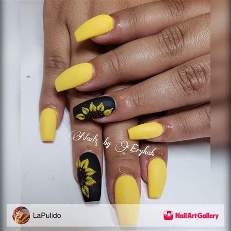 sunflowers  lapulido  atnailartgallery nailartgallery