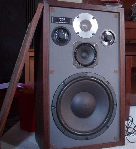 3 way table ls teac ls 380 3 way speakers great condition and sound