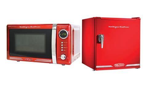Retro Mini Fridge or Microwave   Groupon Goods