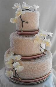 pin by tina asagai on creative things pinterest With wedding shower towel cake centerpiece