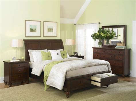 master bedroom green wall furniture decorating