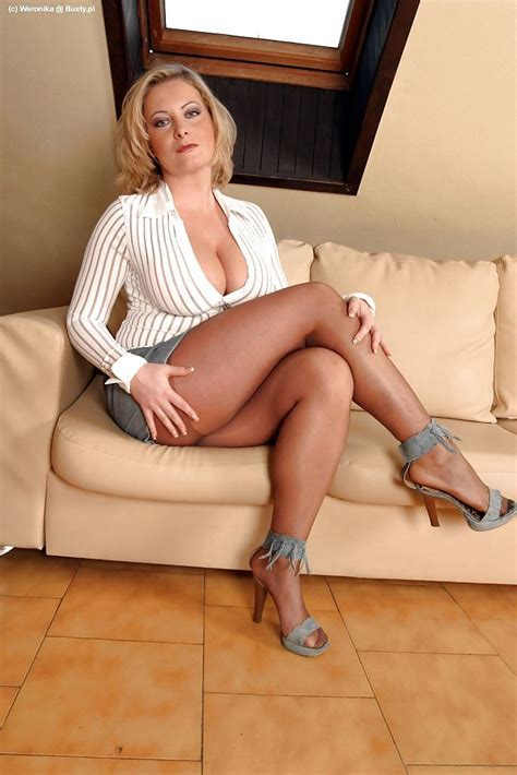 Best Images About Milf Sexy Mature On Pinterest Women In High Heels Blonde Brunette And Lady