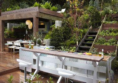 meuble cuisine exterieure cuisine extérieure barbecue et évier dans meuble inox