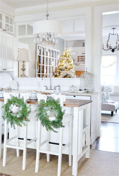 farmhouse kitchen decorating ideas perfect  christmas  cottage market