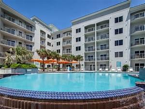 holiday beach hotel ios