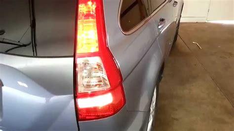 2011 honda cr v suv testing new light bulbs brake