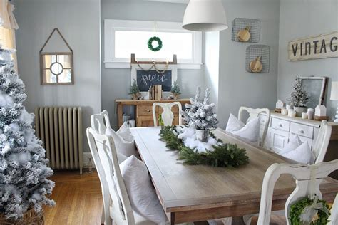 cozy christmas living room porch  aratari  home