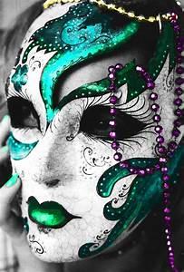 Mardi Gras Mask and beads | maskand new orleans and Mardi ...