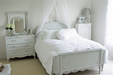 21+ Shabby Chic Bedroom Furniture, Designs, Ideas, Plans