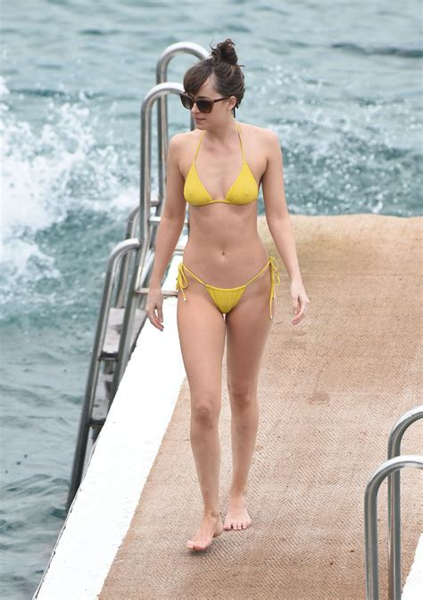 Xenia Deli See Through Hot Girls Wallpaper