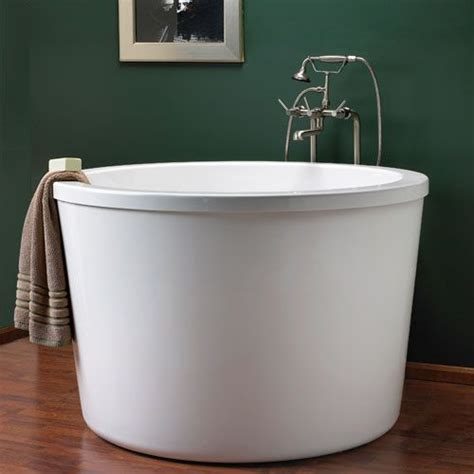Japanese Tub by 47 Quot Caruso Acrylic Japanese Soaking Tub For The Home