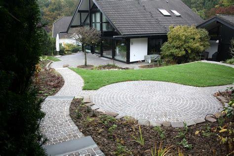 Garten Und Landschaftsbau Eckhardt Wuppertal by Pflaster Terrasse Pflaster Legen Kosten Selber Pflastern