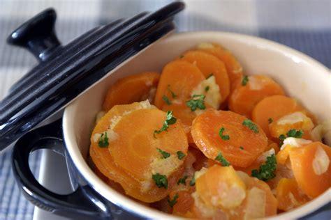 cuisiner des carottes en rondelles carottes à la crème recette de carottes à la crème par