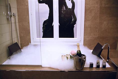 Hotel Paris Avec Jacuzzi Privatif Dans La Chambre