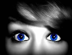 Bright Blue Eyes by GaurdianWarrior on DeviantArt