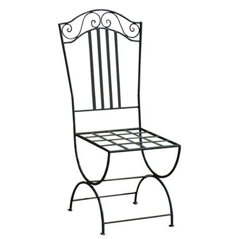 chaise en fer forgé de jardin chaise de jardin en fer forgé stylisée aux formes épurées