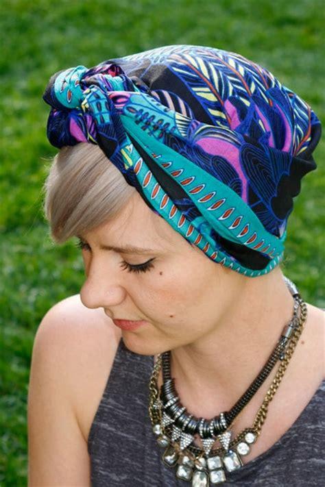 tie  scarf  chic ways beauty blitz