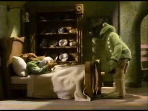 How To Start A Letter To A Friend Frog And Toad Are Friends Excerpt Youtube