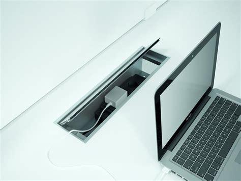 cachee bureau cache cable pour bureau maison design modanes com