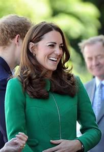 Duchess Kate: grass green wool crepe coat by Erdem ...