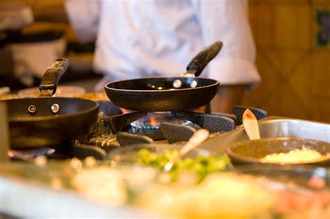 cocinando animales y plantas más nutritivos y menos