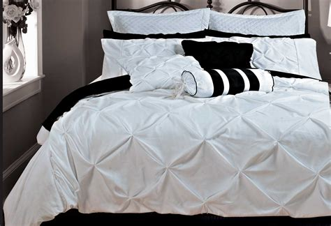 Using White Duvet Cover Queen For Gorgeous