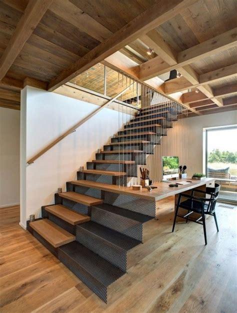 bureau sous escalier créer un coin bureau sous l 39 escalier habitatpresto