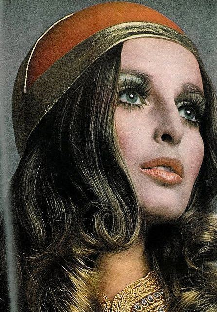 70s Hairstyles And Makeup by 70 S Eye Makeup Styles Mugeek Vidalondon 1970s In 2019