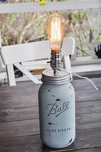 Lampe De Chevet Originale : illuminez la d co avec une lampe bocal originale 90 id es fascinantes pour une d co lumineuse ~ Teatrodelosmanantiales.com Idées de Décoration