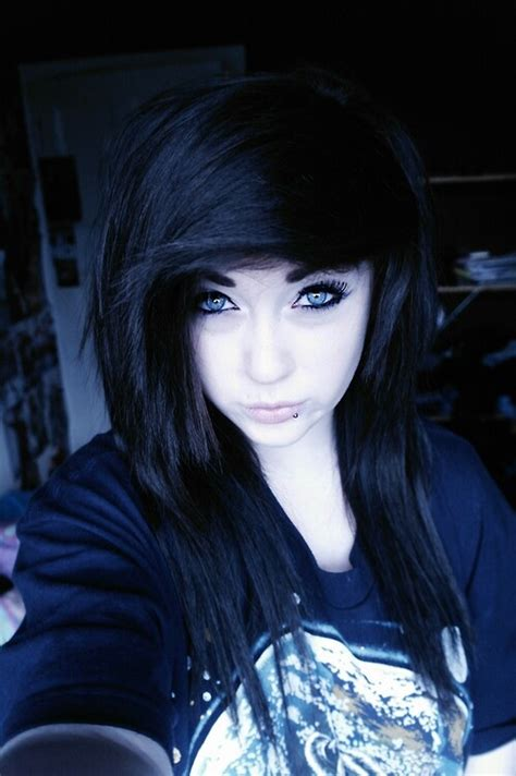 Pale Emo Girl Love Her Blue Eyes 3 Emo Pinterest