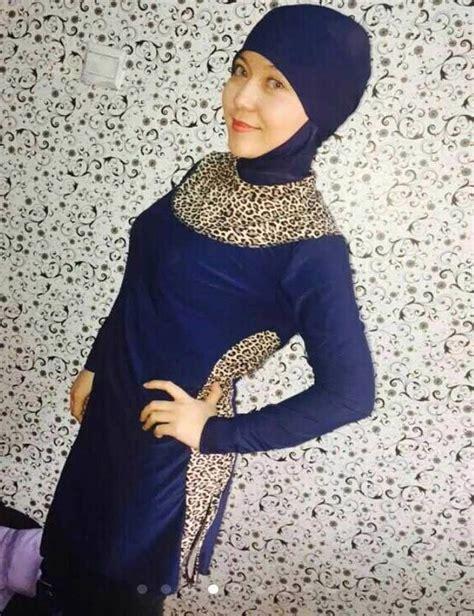 Beach Hijab Outfitsu201334 Modest Beach Dresses for Muslim Girls   Islamic swimwear Swimming ...